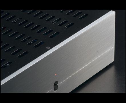Mezzo solid state power amplifier